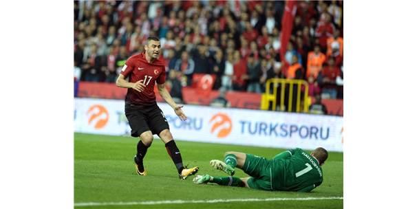 Dünya Kupası Eleme Grubu Maçı: Türkiye: 0 - İzlanda: 2 (İlk Yarı)