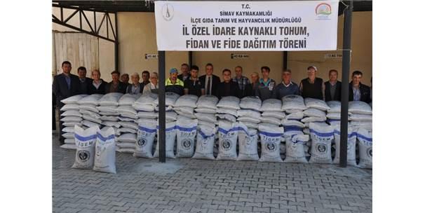 Simav'da 41 Çiftçiye Macar Fiği Tohumu Dağıtıldı