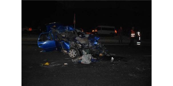 Mardin'de Trafik Kazası: 2 Ölü, 2 Yaralı