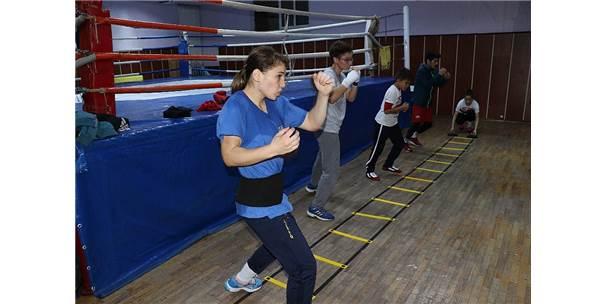 Milli Sporcular, Dünya Şampiyonası'na Hazırlanıyor