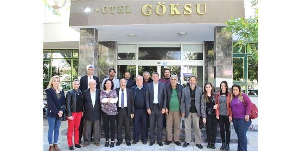 """Başkan Turgut: """"Halkın Yararına Projeler Üretip Hayata Geçirmeye Devam Edeceğiz"""""""