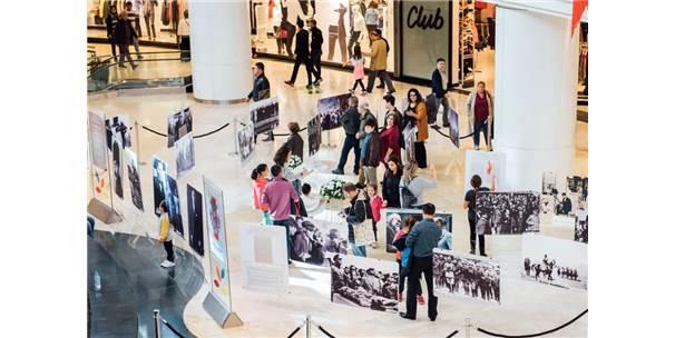 'Atatürk'ü Anarken' Sergisi İstanbul'un Üç Köşesinde