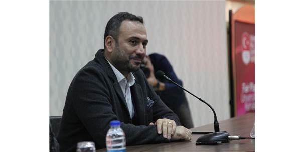 Ertem Şener, İnönü Üniversitesi Öğrencileriyle Buluştu