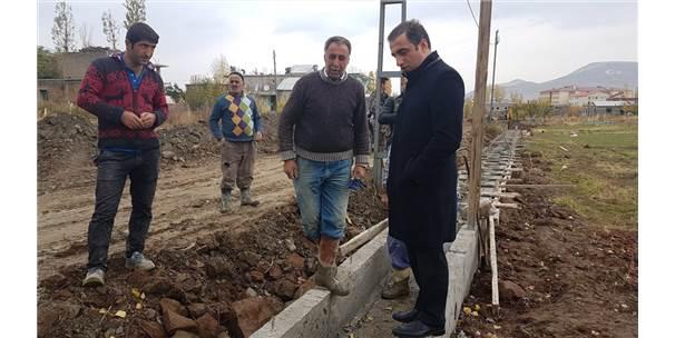 Güroymak'ta Su Kanalı Çalışması