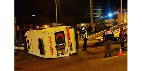 Balıkesir'de Trafik Kazası: 1'İ Ağır 6 Yaralı
