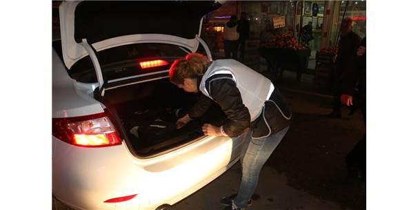 Adana'da Huzur Uygulamasında Polis Telsizi Ve 16 Bin Adet Ectasy Ele Geçirildi