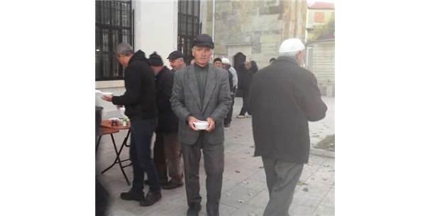 Gelibolu'da Cemaate Çorba İkramı