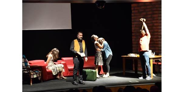 Tiyatro Frankfurt Türkiye'de İlk Kez Bozüyük'te Sahne Aldı