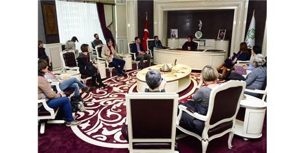 Başkan Toru, Yabancı Öğretmenleri Ağırladı