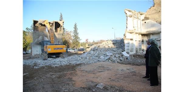 Şahinbey Belediyesi İlçeye Dokunuyor