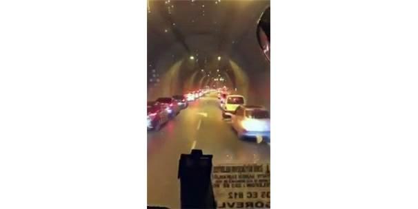 """İzmir'de İtfaiyeye """"Fermuar Sistemi"""" Yol Verdiler"""