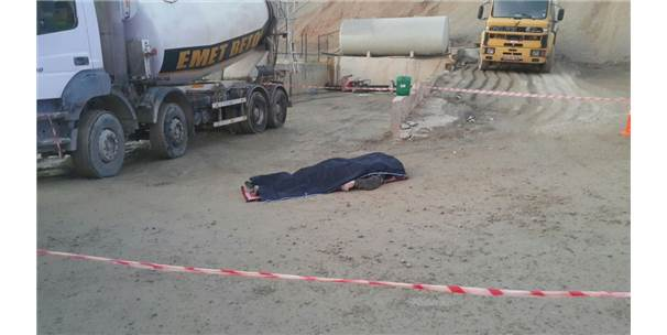 Beton ölen beton mikserinin altında kalan kişi öldü kütahya haberleri