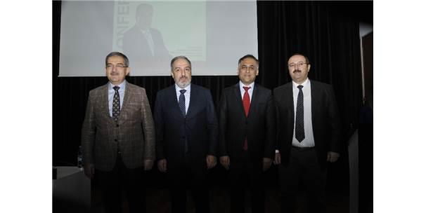 """Selçuk'ta """"Türkiye Açısından Göç Ve Diaspora"""" Konulu Konferans Gerçekleştirildi"""