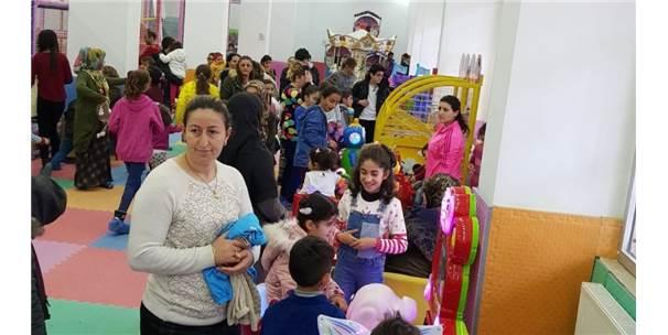 Hakkari'de 'Çocuk Oyun Merkezi'ne Yoğun İlgi
