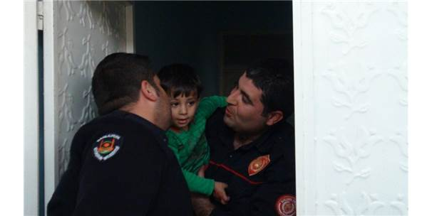 Yaramaz Çocuk Evde Mahsur Kaldı
