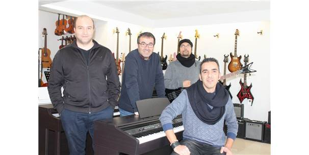 İş Dünyasındaki Başarılarını Müzikle Taçlandırdılar
