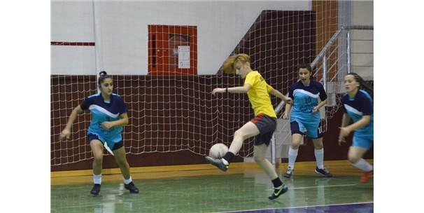 Kırşehir'de Futsal Müsabakaları Sona Erdi