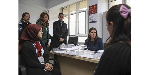 Sarıeroğlu'dan Başvuru Yapan Taşeron İşçilere Ziyaret
