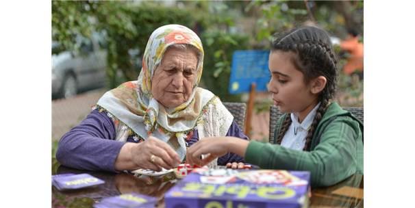 Muratpaşa Yaşlı Evinde Zeka Oyunları
