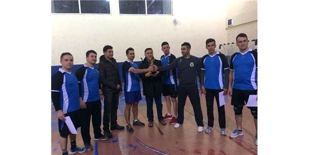 Kurumlar Arası Voleybol Turnuvası Sonuçlandı