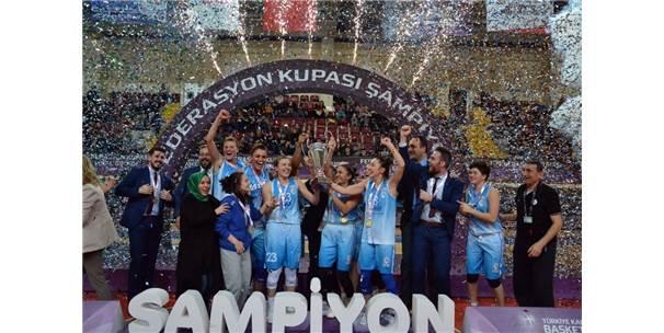 Tkbl Federasyon Kupası İzmit Belediyespor'un