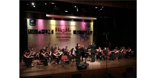 2017'De Kültür Sanat Sevdalıları Küçükçekmece'de Buluştu