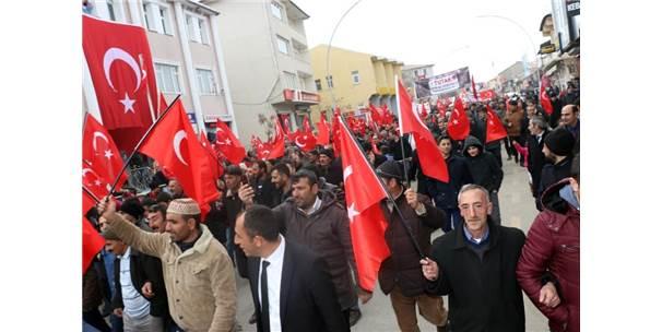 Mehmetçiğe Destek İçin Binler Yürüdü