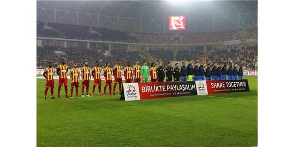 Spor Toto Süper Lig: Evkur Yeni Malatyaspor: 1 - Kasımpaşa: 1 (İlk Yarı)