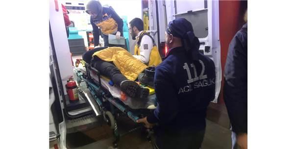 Göl Etrafında Atv İle Gezen İki Kişi Yaralandı