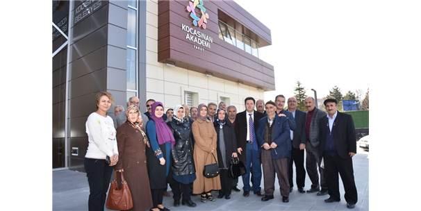 Kocasinan'da Vatandaşlar Hizmeti Yerinde Görüyor Ve Takdir Ediyor