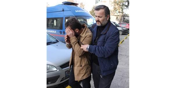 Halk Otobüsünde Elle Tacize Tutuklama