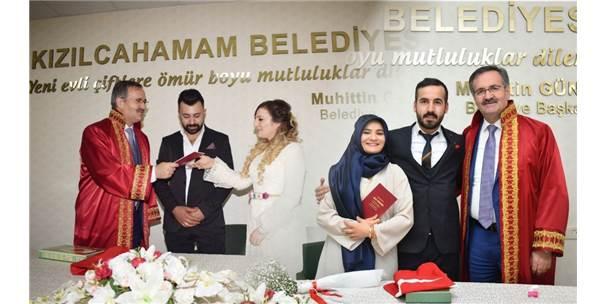 Evlenmek İçin 14 Şubat'ı Seçtiler