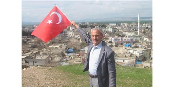 Emekli Öğretmen Mehmetçik İçin Şiir Yazdı