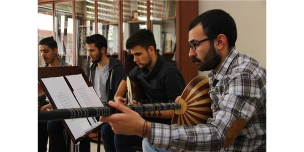 Türk Müziği Anadolu'da Yaşatılıyor
