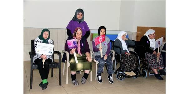 Engelli Ve Bakım Merkezi'nde Kadınlar Günü Kutlaması