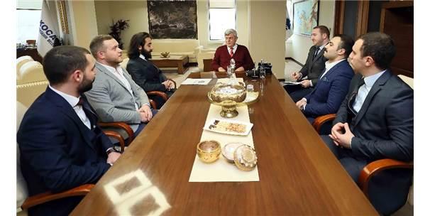 Başkan Karaosmanoğlu Vatandaşları Tarih Sempozyumuna Davet Etti