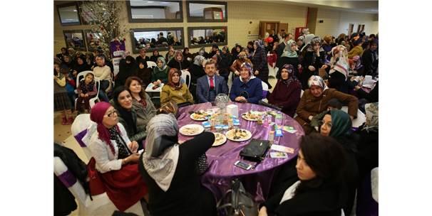 Darıca'da Kadınlar Günü Coşku İle Kutlandı