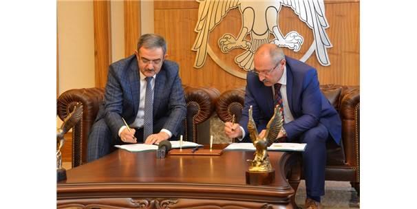 Selçuk İle Konya Büyükşehir'den Çevreyi Güzelleştirecek Protokol