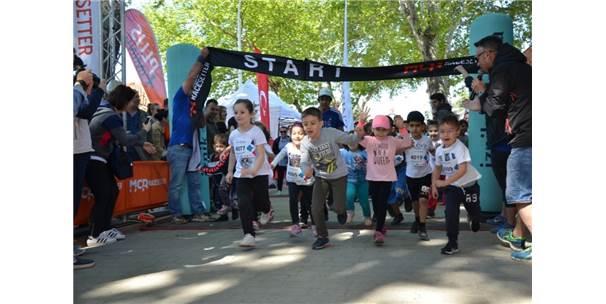 İznik Ultra Maratonu Rekor Katılımla Tamamlandı