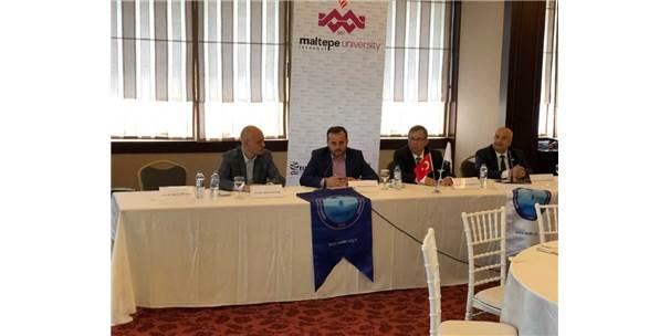 Rektör Gönüllü 'Güneydoğu'da Üniversite Olmak Ve Adıyaman Üniversitesi' Konulu Konferans Verdi
