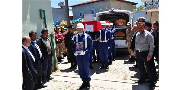 Trafik Kazasında Hayatını Kaybeden Astsubaya Hüzünlü Veda