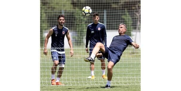 Antalyaspor Derbi Hazırlıklarını Sürdürdü