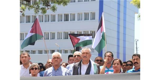 Seyhan Belediyesi Çalışanları İsrail Ve Abd'yi Protesto Etti