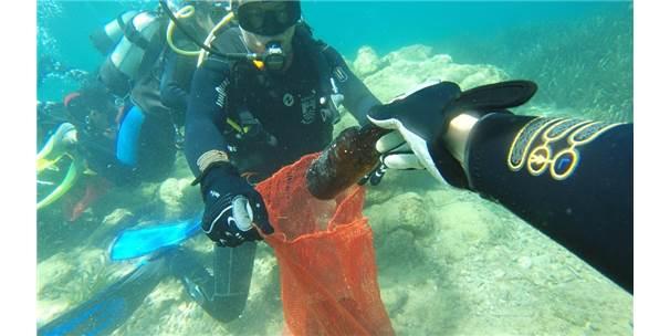 19 Koyda Gerçekleşen Deniz Dibi Temizlik Çalışmaları Sona Erdi