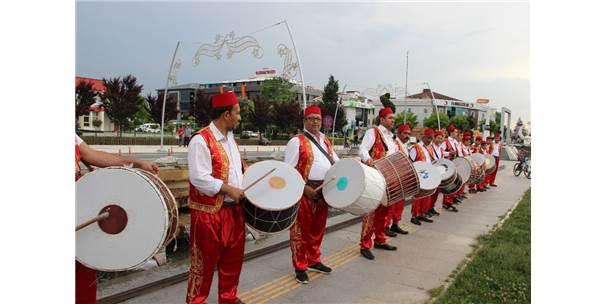 Düzce'de Ramazan Gelenekleri Yaşatılıyor