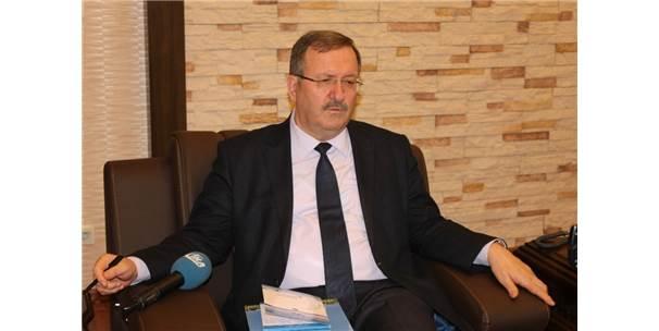 Afyonkarahisar Sağlık Bilimleri Üniversitesi Rektörlüğüne Tedviren Mustafa Solak Görevlendirildi
