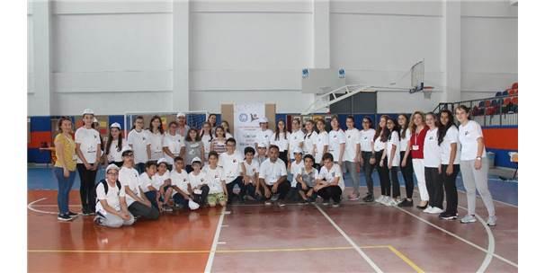 Ortaokul Öğrencilerinden Yeni İşletim Sistemi: 'Işıklı Mışıklı'