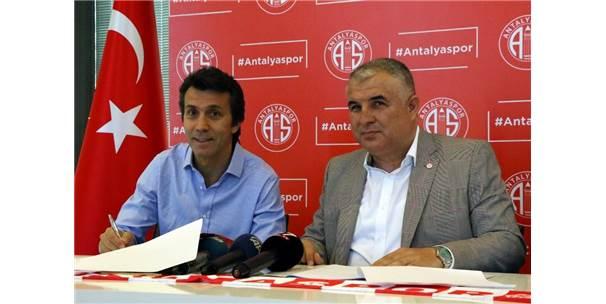 Bülent Korkmaz, Antalyaspor İle 1+1 Yıllık Sözleşme İmzaladı
