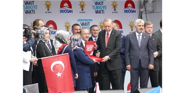 """Cumhurbaşkanı Erdoğan: """"Cumhurbaşkanı Adayı Olmanın Şartları Olması Lazım"""""""