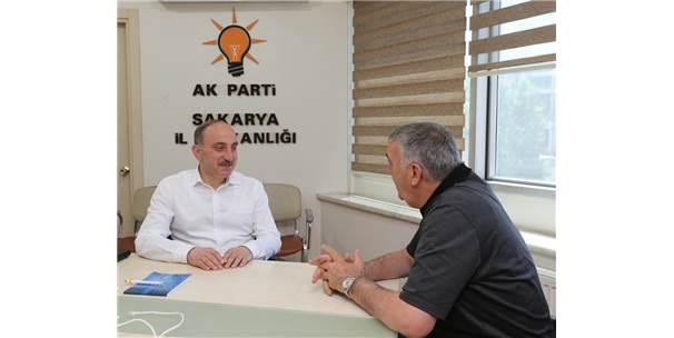 Başkan Toçoğlu, Ak Parti İl Başkanlığı'nı Ziyaret Etti